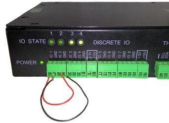 Соединение контактов IO1 и IO2 линий устройства NetPing